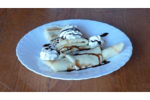 Clatite cu Crema de Ciocolata